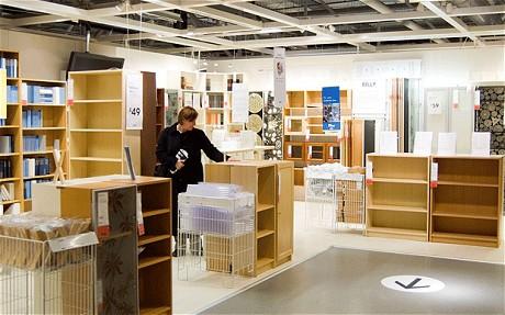 comment meubler son appartement barcelone. Black Bedroom Furniture Sets. Home Design Ideas