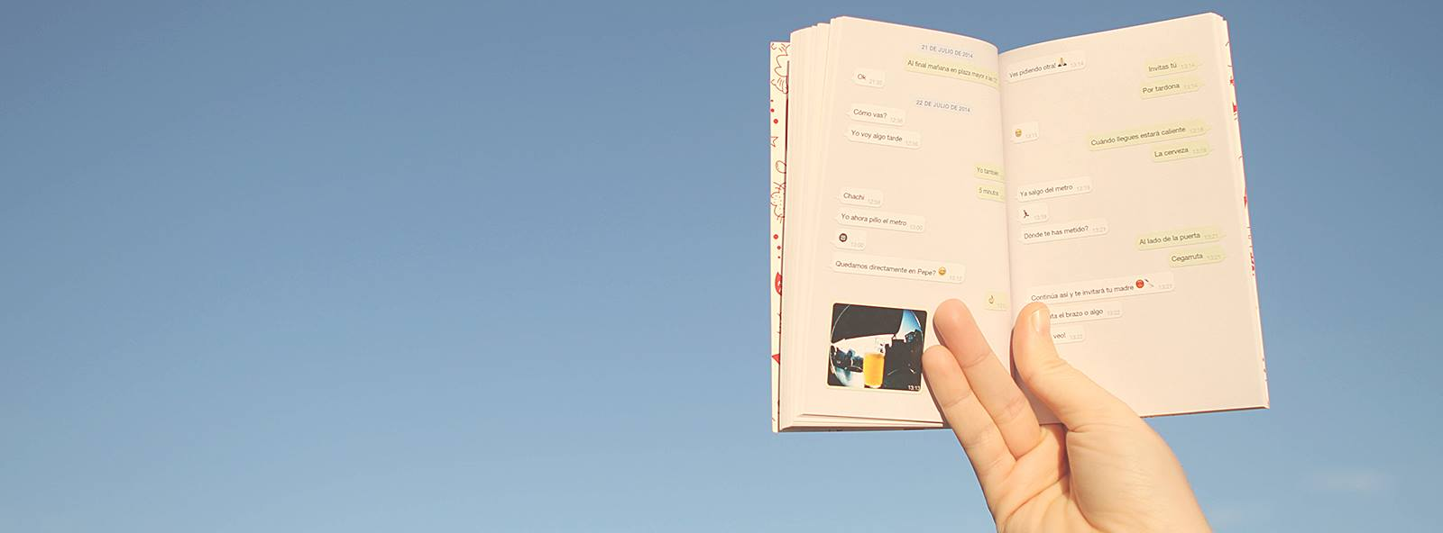 El-emprendedor-Pau-Moreno-crea-Tiny-books-que-convierte-las-conversaciones-de-WhatsApp-en-un-libro-