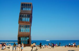 Beach art in Barcelona, Barcelona Airport car hire