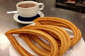 churros-con-chocolate