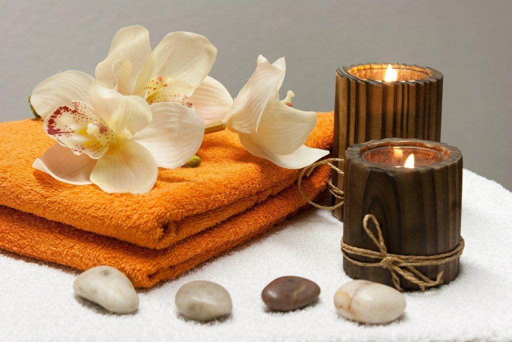 bougies et serviettes