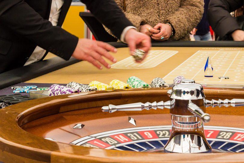 joueurs roulette au casino