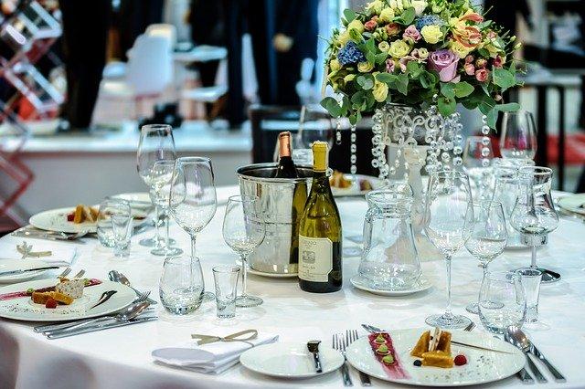 table de célébration