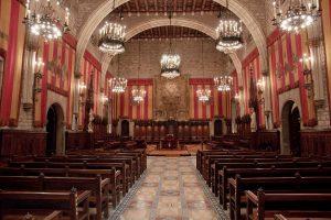 Ayuntamiento_Barcelona_salo_cent_01