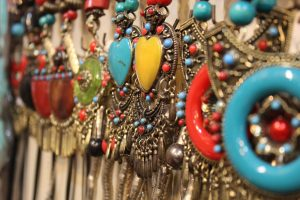 fashion-ornaments-necklaces-beads-traditional