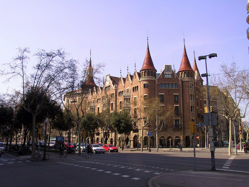 casa punxes de barcelone