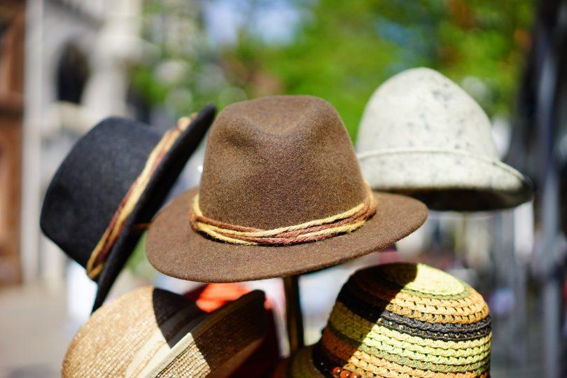 pas cher pour réduction livraison gratuite chercher Où acheter des chapeaux à Barcelone ?