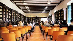 cours catalan dans une salle