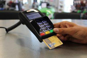 carte effectuant un paiement
