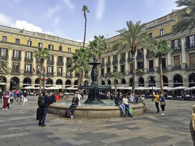 place reial à barcelone