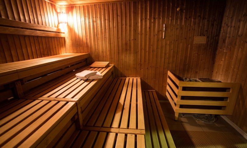 saunas gay barcelone. Black Bedroom Furniture Sets. Home Design Ideas