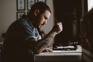tatouage homme peinture
