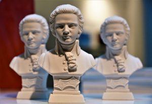 statues et bustes en céramique