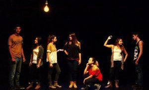 groupe de femmes sur le stage