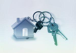 porte clés en forme de maison