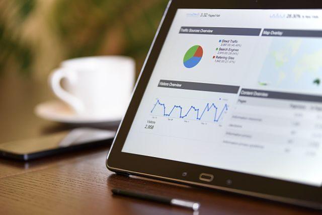 tablette numérique avec charts