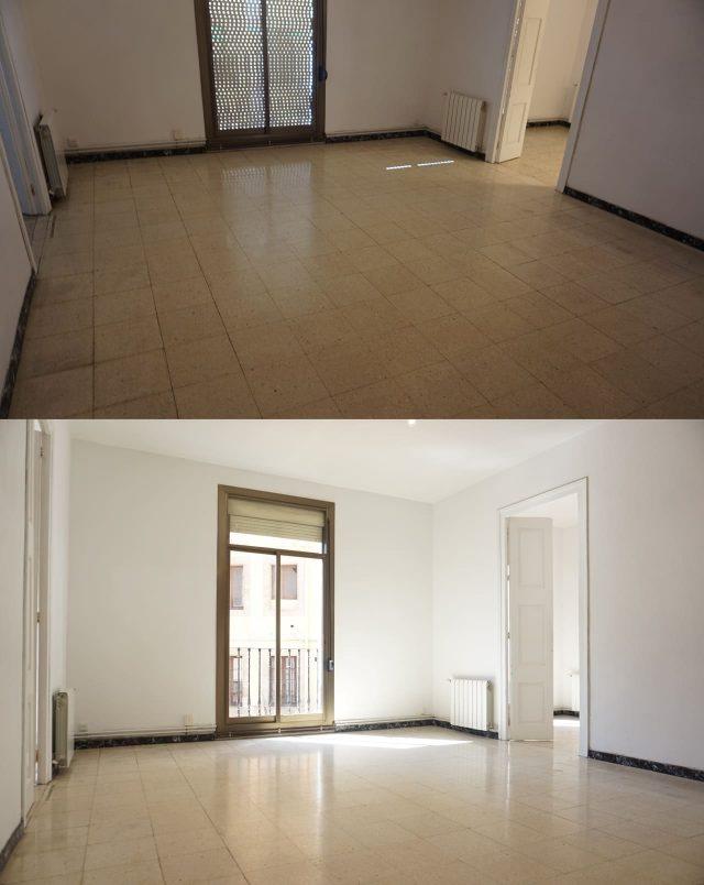 pièce d'appartement avec volets ouverts et fermés
